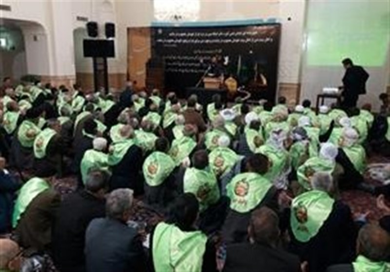 همایش ملی تجلیل از سالمندان در بارگاه منور امام رضا(ع) برگزار شد
