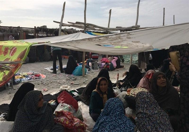 پنج شنبه بازار میناب؛ از معاملات پایاپای تا رنگارنگی صنایع دستی بومی