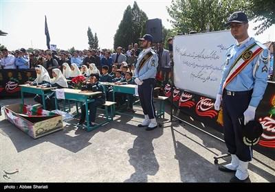 تشییع پیکر 2 شهید گمنام دفاع مقدس در شهرک آسمان
