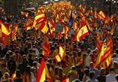 Thousands Rally in Barcelona against Catalonia's Secession