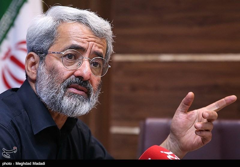 یادداشت عباس سلیمینمین درباره نامه 225 نفر؛ برملت یا با ملت