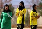 تیم فوتبال بانوان آیندهسازان زیرپوشش باشگاه سپاهان قرار گرفت