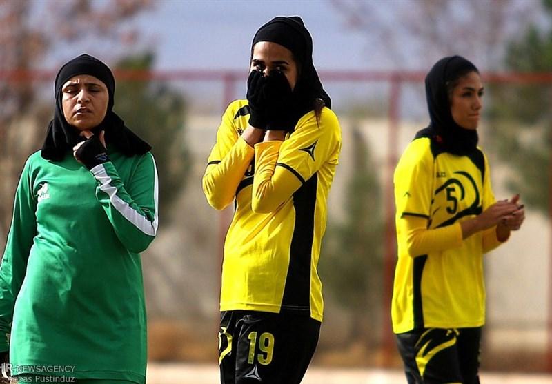 داستانهایی باور نکردنی از لیگ فوتبال بانوان + عکس
