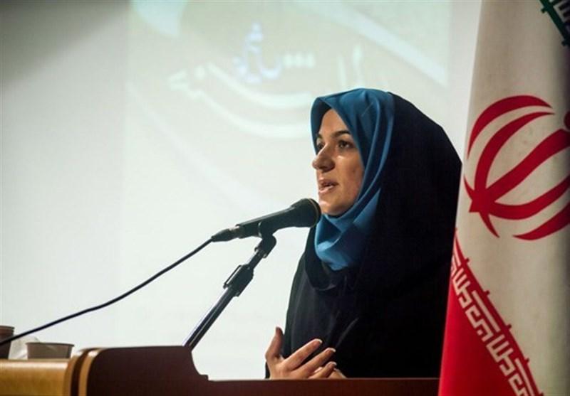 عالیه مهرابی دبیر جشنواره ملی قد قامت زخم یزد