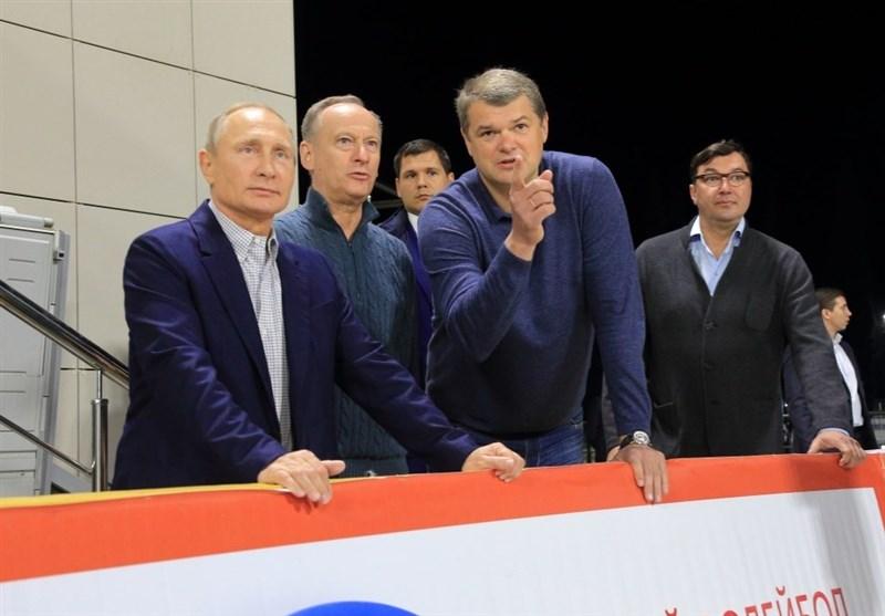 پوتین از کمپ تیم ملی والیبال ساحلی روسیه دیدن کرد