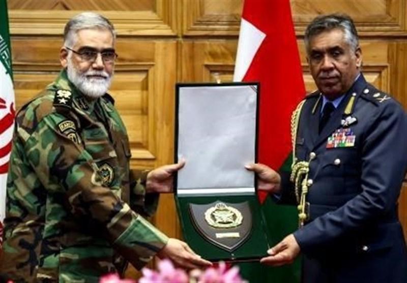 فرمانده نیروی هوایی عمان با امیر پوردستان دیدار کرد