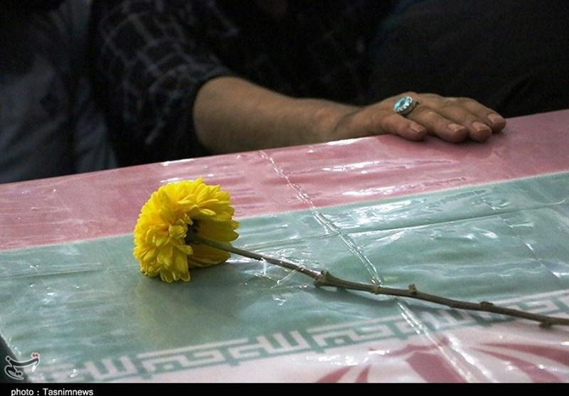 پیکر مطهر 5 شهید دوران دفاع مقدس در شیراز تشییع میشود