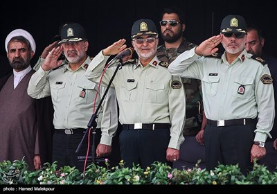 سردار اسکندر مومنی جانشین فرمانده ناجا در گردهمایی یگانهای حفاظت نیروی انتظامی