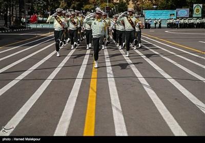 رژه یگانهای حفاظت نیروی انتظامی