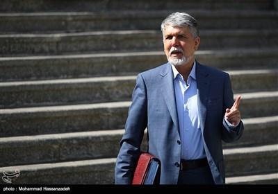 سید عباس صالحی وزیر فرهنگ و ارشاد اسلامی در حاشیه جلسه هیئت دولت