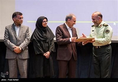 نشست شهردار تهران با فرماندهان نیروی انتظامی تهران بزرگ