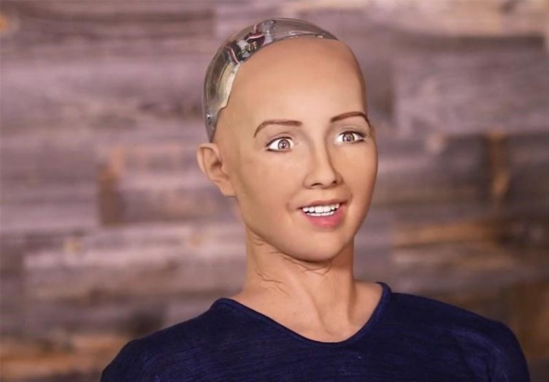 موج تمسخر سعودیها به اعطای تابعیت به ربات انساننما