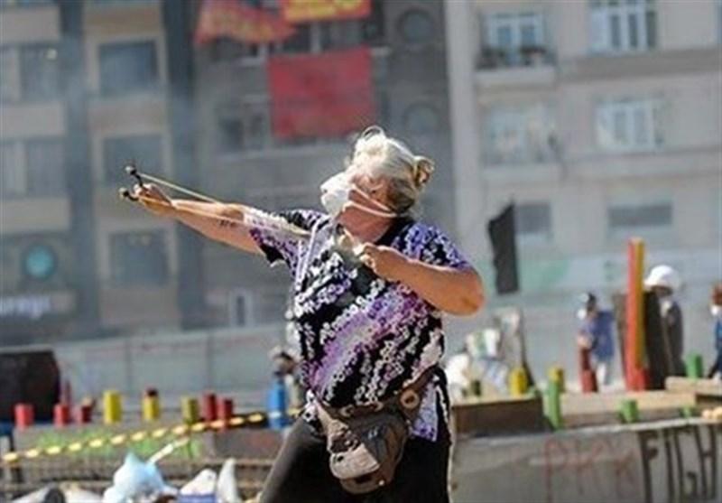 زن سنگ انداز ترکیه