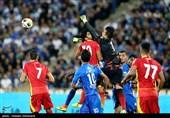 لیگ برتر فوتبال|برتری پرگل استقلال مقابل فولاد در نیمه نخست