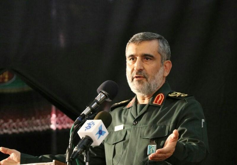 العمید حاجی زادة: ایران من بین الدول الـ10 الاولى فی صناعة الطائرات المسیرة