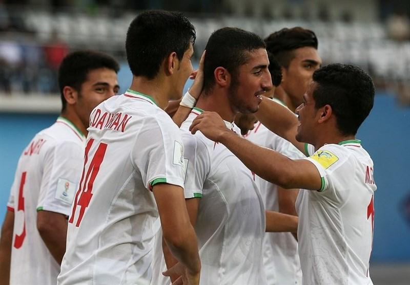 ایران تفوز على المکسیک وتنضم الى المنتخبات الـ8 الافضل فی العالم