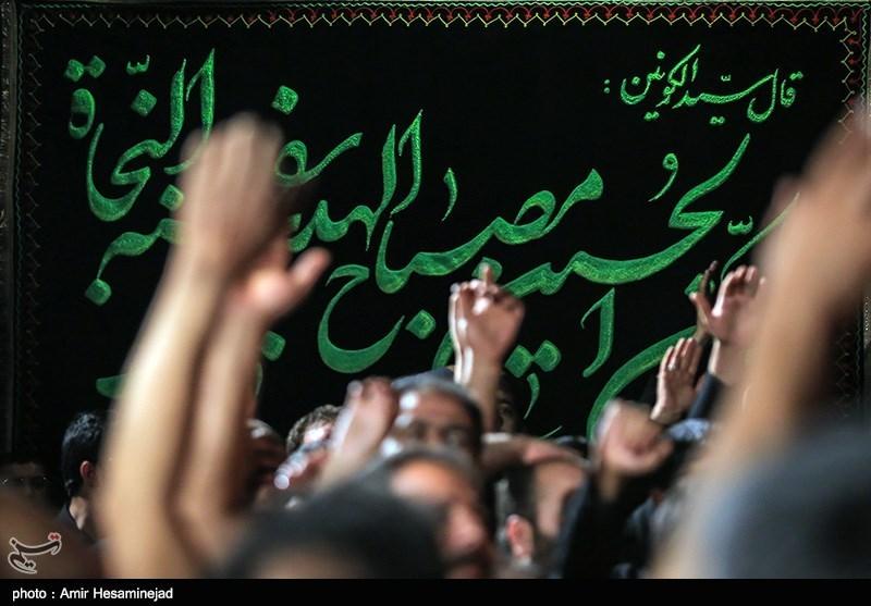مداحان بر قرائت حماسی از عاشورا تکیه کنند/ هنر مداحی در مسیر انقلاب اسلامی صرف شود