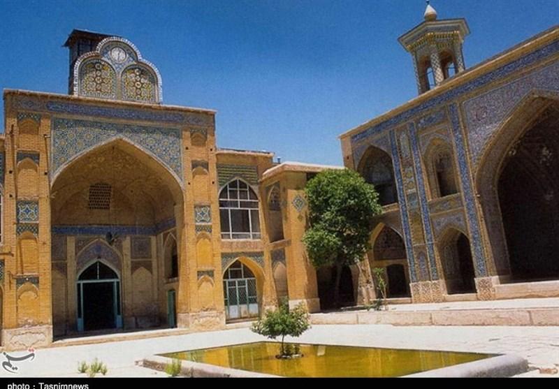 درهای بسته برخی از مساجد تاریخی شیراز به روی گردشگران؛ جای خالی تبلیغات در گردشگری مذهبی