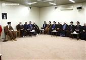 دیدار دستاندرکاران کنگره آیتالله مصطفی خمینی با امام خامنهای
