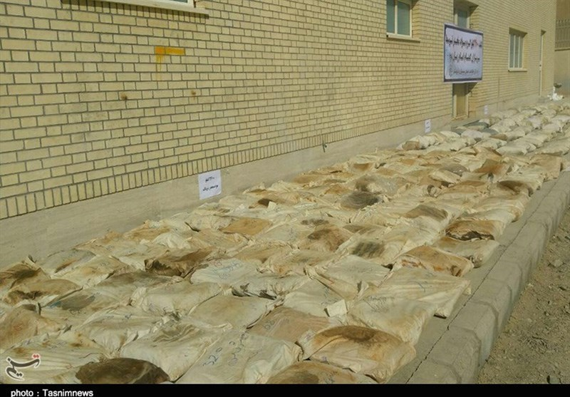 Police Seize about 1.8 Tons of Illicit Drugs in SE Iran