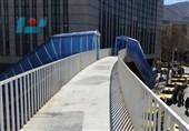 وقتی وعدههای مسئولان برای اصلاح نقصهای پل هوایی میدان آزادی سنندج تمدید میشود