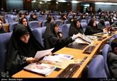 """انتقاد از اهدای جایزه فارابی به نظریه پرداز """"زوال اندیشههای سیاسی اسلام"""""""