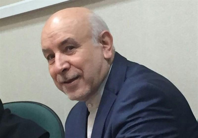 پروفسور اکبری