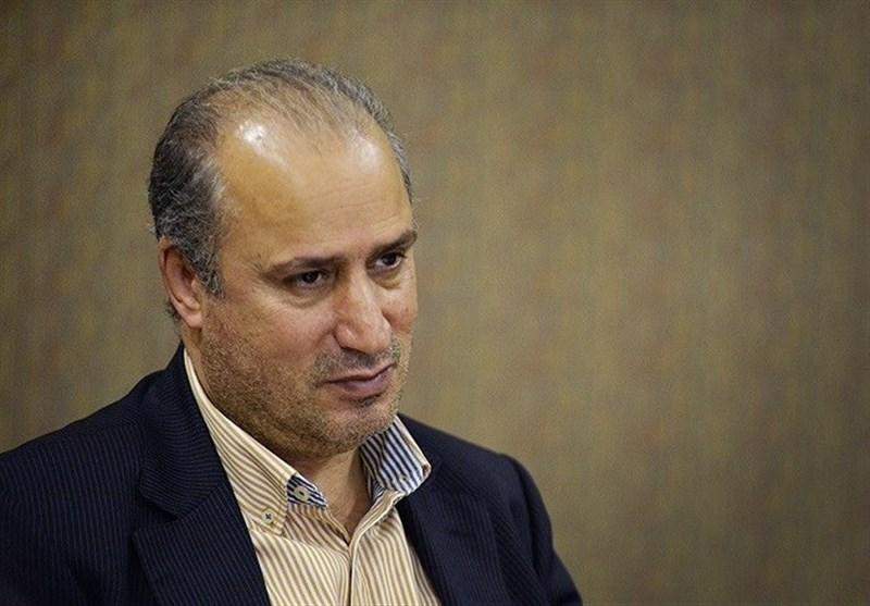 حاشیه دیدار ایران - بولیوی| واکنش مهدی تاج به حضور بانوان در ورزشگاه آزادی