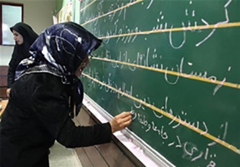 اردبیل| تعلیم و تربیت اجتماعی مهمترین هدف سوادآموزی است
