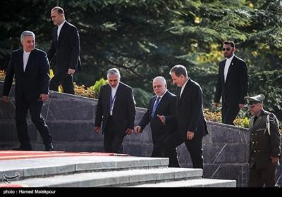 مراسم استقبال رسمی از حیدر العبادی نخست وزیر عراق توسط اسحاق جهانگیری معاون اول رئیس جمهور