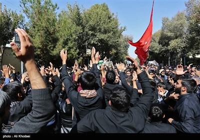 مراسم تشییع پیکر 2 شهید مدافع حرم و 5 شهید دفاع مقدس - اصفهان