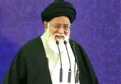 مشهد| آیتالله علمالهدی: اگر آقازادهای با رانت پسر کسی بودن فساد کرد باید با پدرش برخورد شود