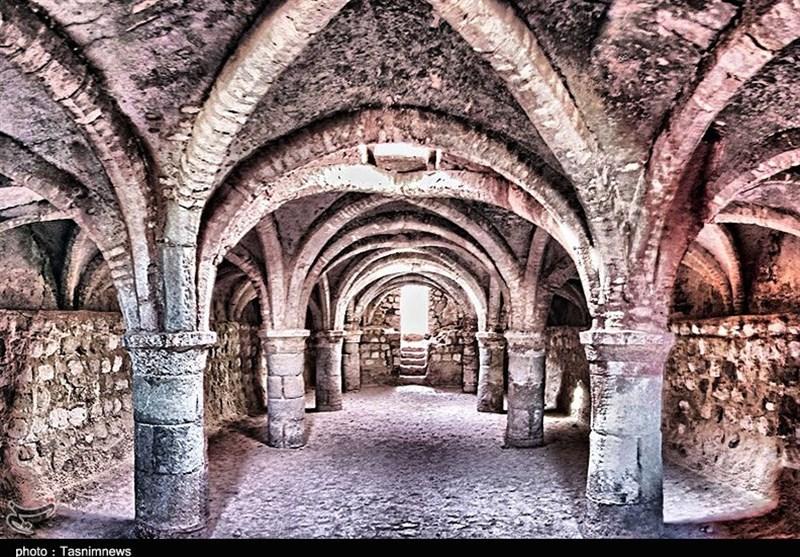 کلیسای موجود در قلعه پرتغالیها