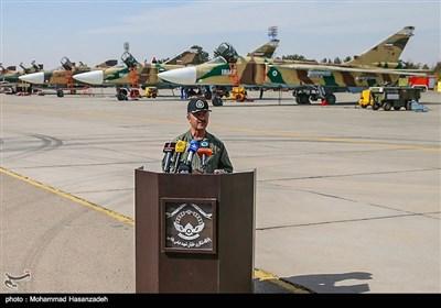 کنفرانس خبری امیر سرتیپ مسعود روزخوش فرمانده پایگاه شکاری شهید بابایی اصفهان