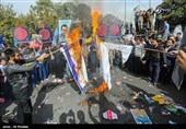 Iranians Condemn US Arrogant Policies in Nationwide Rallies (+Photos)