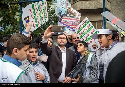 ایران بھر میں استکبار سے مقابلے کے دن عوامی ریلیاں