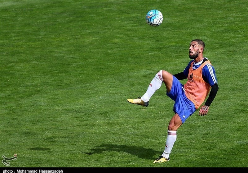 Ashkan Dejagah Plays Down Move to Qatar Stars League
