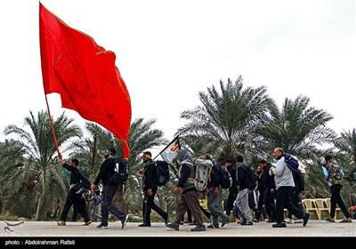 پیاده روی زائرین اربعین حسینی از سهله تا کربلا