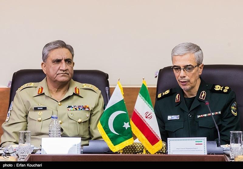 تماس تلفنی سردار باقری با فرمانده ارتش پاکستان درباره مرزبانان ایرانی