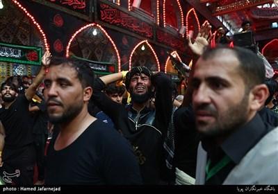عزاداری زائران اربعین حسینی در کربلا