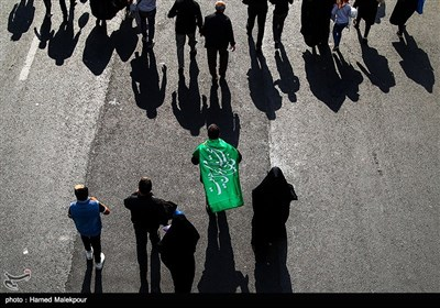 بالصور.. مسیرة الاربعین فی العاصمة طهران
