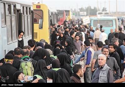 عودة زوار اربعین الامام الحسین(ع) عبر معبر مهران
