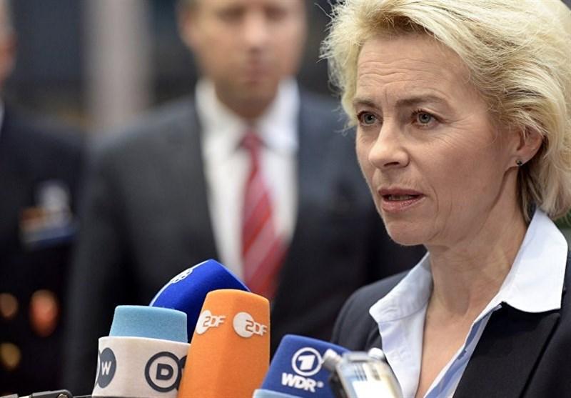 وزیر دفاع آلمان: همه کشورها باید از استفاده از تسلیحات شیمیایی در سوریه ممانعت کنند
