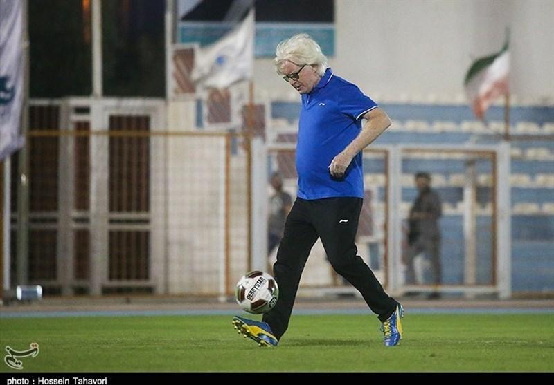 شفر: باید خودمان را آماده کنیم تا دیگر 6 بر یک و 4 بر صفر به تیمهای عربی نبازیم!