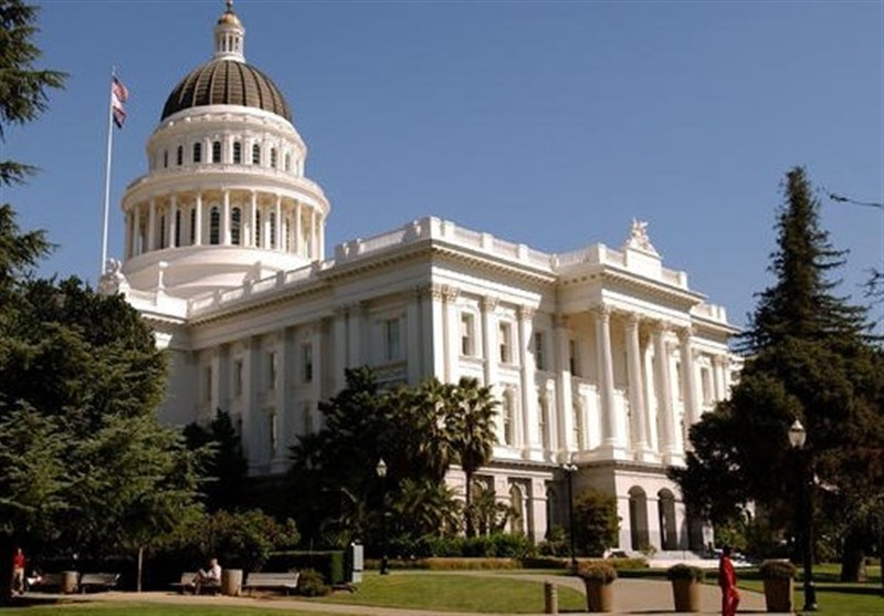 یک سناتور دیگر از کالیفرنیا به آزار جنسی متهم شد