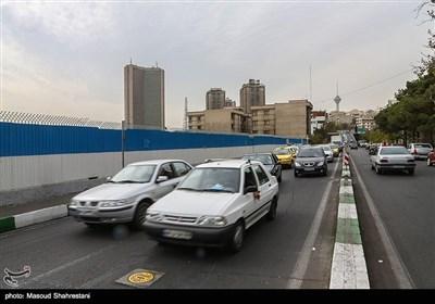 خیابان 64 یوسف آباد که محل دسترسی این خیابان با اتوبان های حکیم وکردستان میباشد