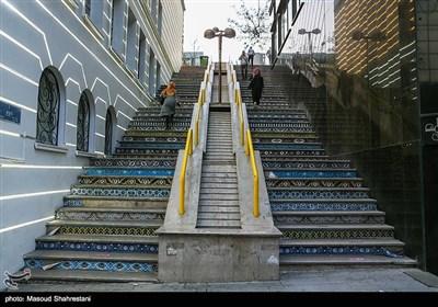 پله دوم یوسف آباد که خیابان ولیعصر را به یوسف آباد متصل می کند