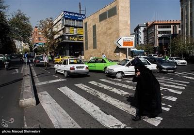 ابتدای خیابان اسد آبادی