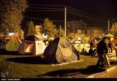 محورهای ارتباطی در مناطق زلزلهزده کرمانشاه بازگشایی شد/ آمادهسازی اردوگاه اسکان هلال احمر
