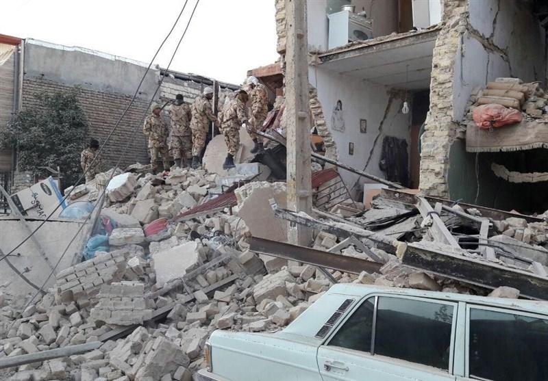 حضور نیروهای ارتش در مناطق زلزلهزده + تصاویر